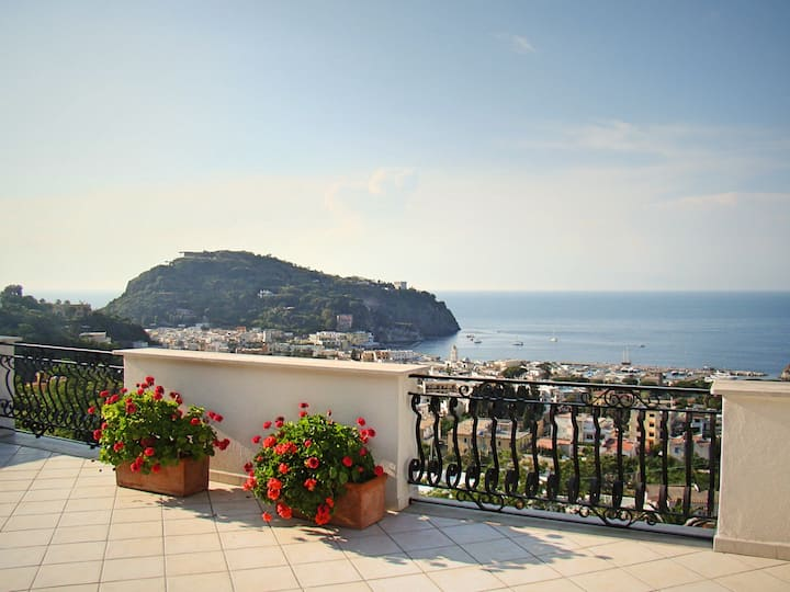 Appartamento Magnolia: Villa Panoramica ad Ischia