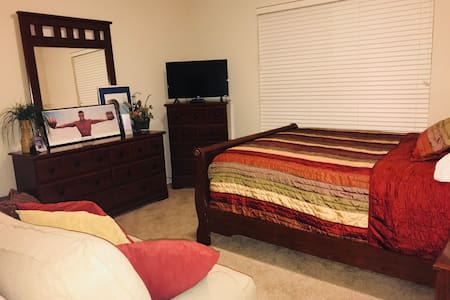 Comfortable room close to Downtown Casino FastWIFI