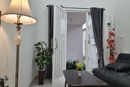 Full House 3 Bedroom at Kayana Regency E3
