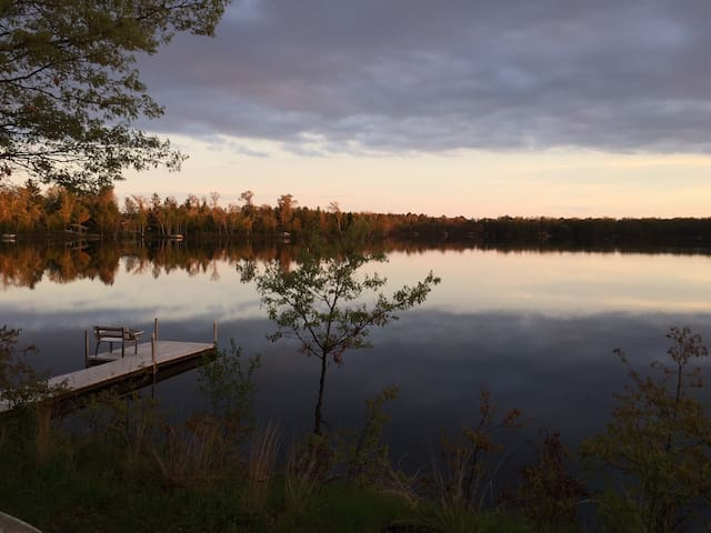 Peaceful Cabin On Bonner Lake