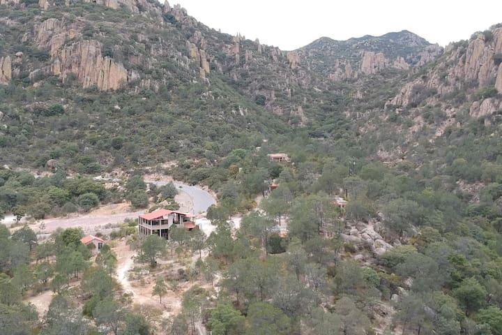 """Cabañas Centro Ecoturistico """"El Manantial"""""""