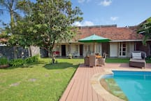 Central 4-person Villa with Fully Private Pool