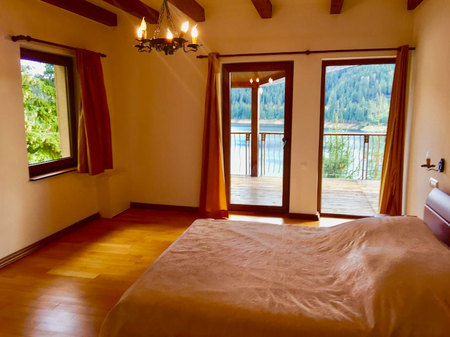 Clear and cozy modern bedrooms with breathless views on the forest and lake! Bedrooms can accommodate 6 guests.