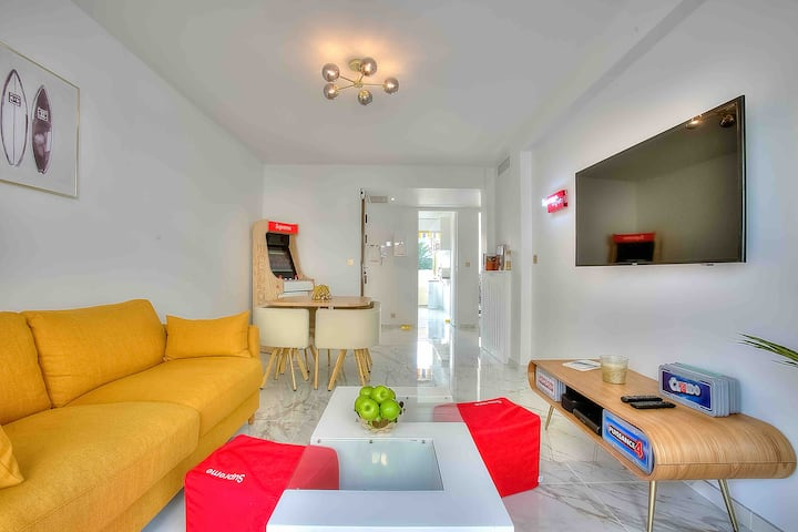 Luxury 2Bed Sunny Flat in Banane, 1min to beaches