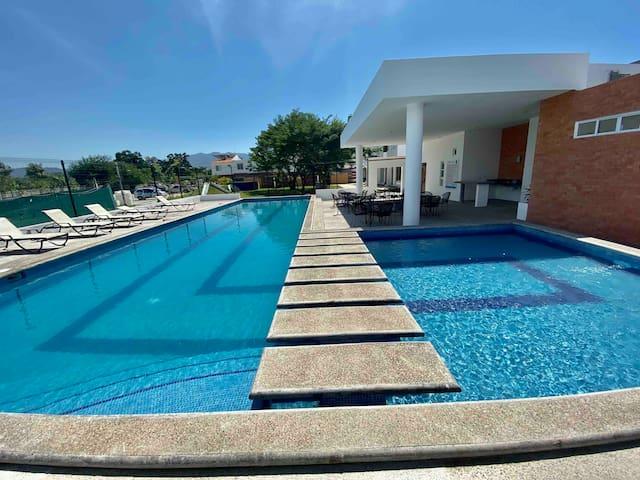 """""""Casa Parota"""" tu hogar en Puerto Vallarta."""