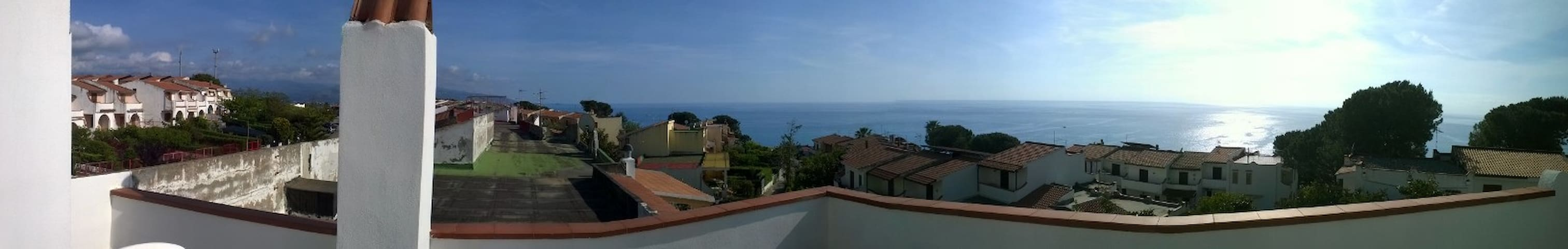 Penthouse With Terrace - Scalea - Apartment