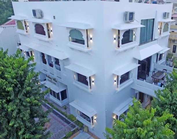 Ambay Villa Luxury full House