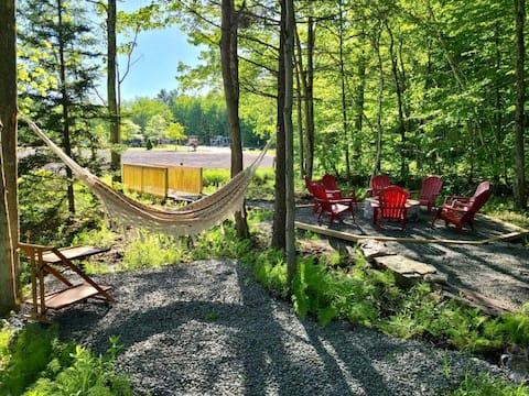 Lakefront Lodge Retreat | Beach, Hot Tub, Firepit
