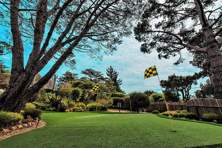 The Golfers Dream Retreat for Concours d'Elegance: LX18