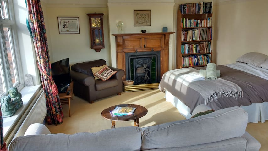 Spacious Morning Room Suite in Cheshire Farmhouse