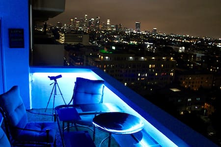 1000+ sq.ft. Luxury 2 BD Apartment