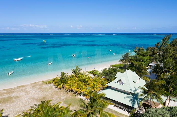 Villa Victoire on the most beautiful beach