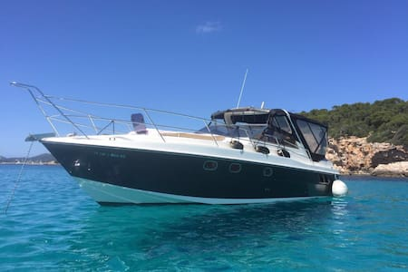 Nice boat in portals  Nous marina - Kapal
