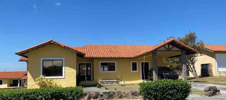 Hermosa Casa en Hacienda Los Molinos Boquete!