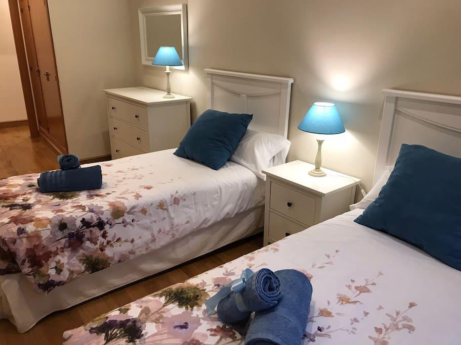 Segundo dormitorio. Posibilidad de 2 ó 3 camas.