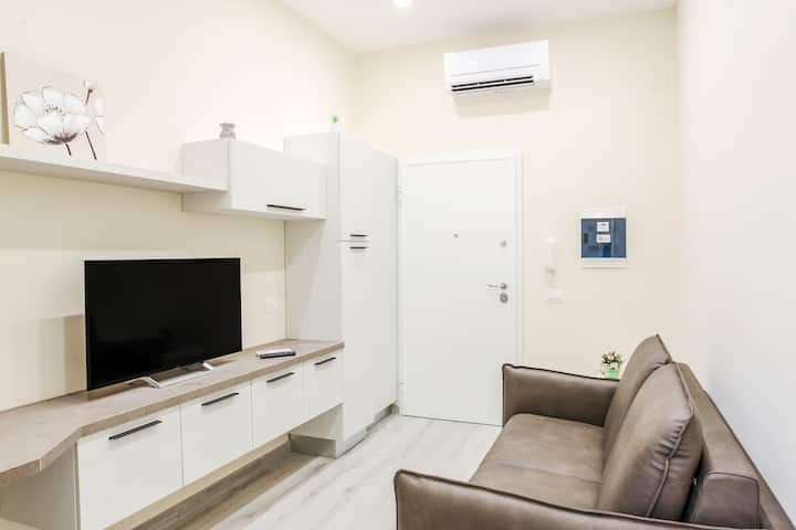 Bari Centrale Railway Station Apartment x2