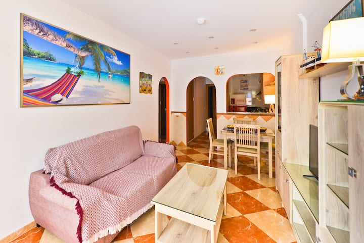Beautiful Apartment Torrox 4 Close to the Beach with Wi-Fi, Balcony & Terrace; Parking Available
