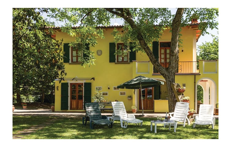 Holiday cottage with 5 bedrooms on 200 m² in Partina  AR