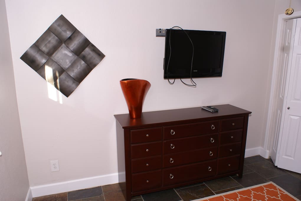 Bedroom drawers and TV