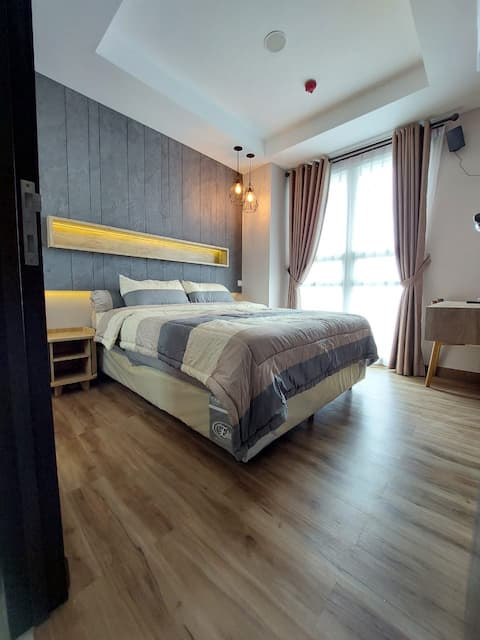 Lake View, Cozy 1 BR Apartemen Citra Lake Suites