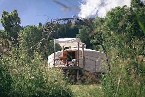 Tucked away yurt at the foot of the Southern Alps.