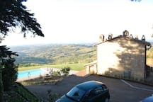 One of the parking possibilities of the holiday house in Tuscany