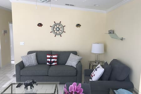 VENTURE OUT 308  WATERFRONT /GATED COMMUNITY
