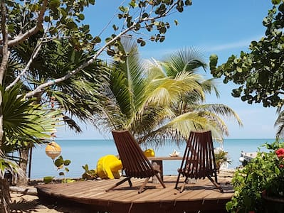 Secret Hideaway on the Beach ~ Bushstick Bungalow