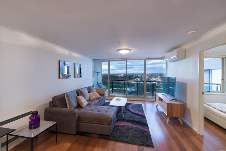 St Kilda Road Park View 3 Bedroom Luxury Apartment
