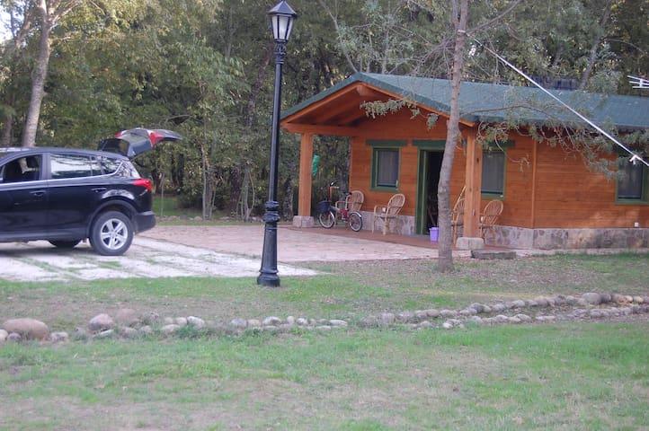 """El Alamillo de Candeleda, Cabaña """"El Bosque"""" - Candeleda - Pondok alam"""
