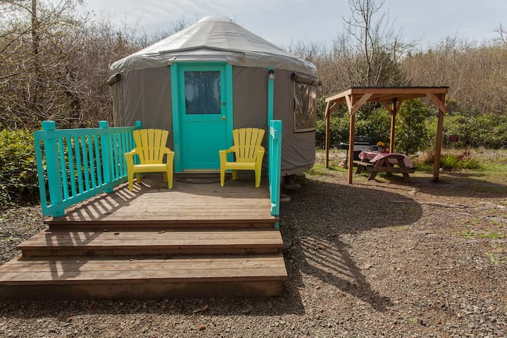 Yurt on Willapa Bay (BAY-Y01)