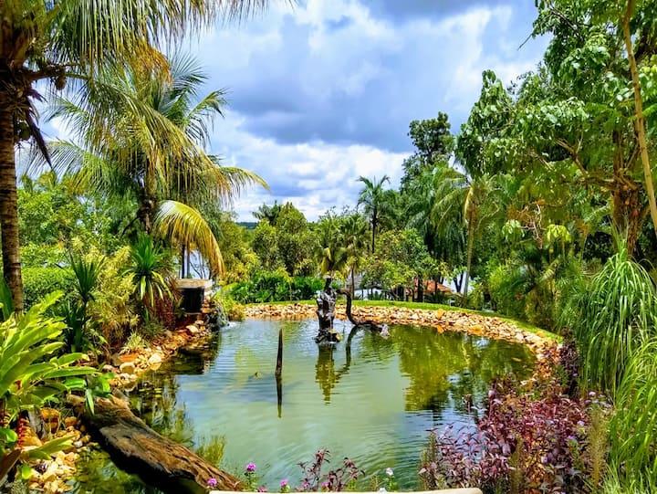 Santa Fé do Sul-SP-Rancho às margens do Rio Parana