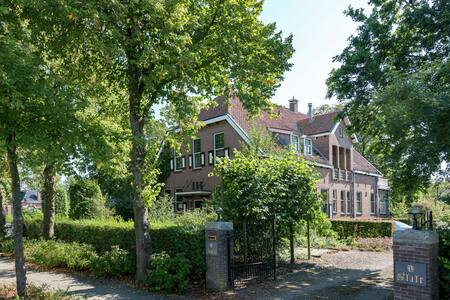 Spacious Villa in Sint Jacobiparochie near Sea