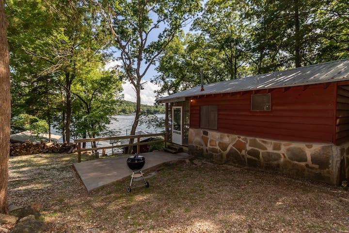 Cabin #3 at Fisherwaters Resort