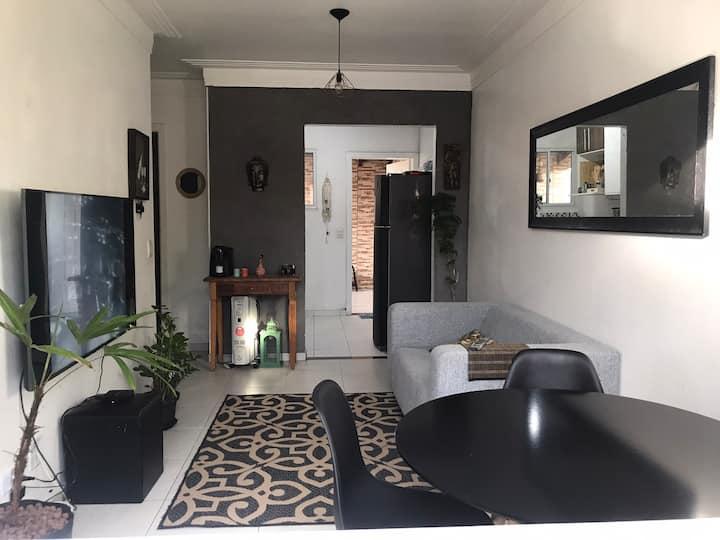 Casa em condomínio próxima a São Roque!