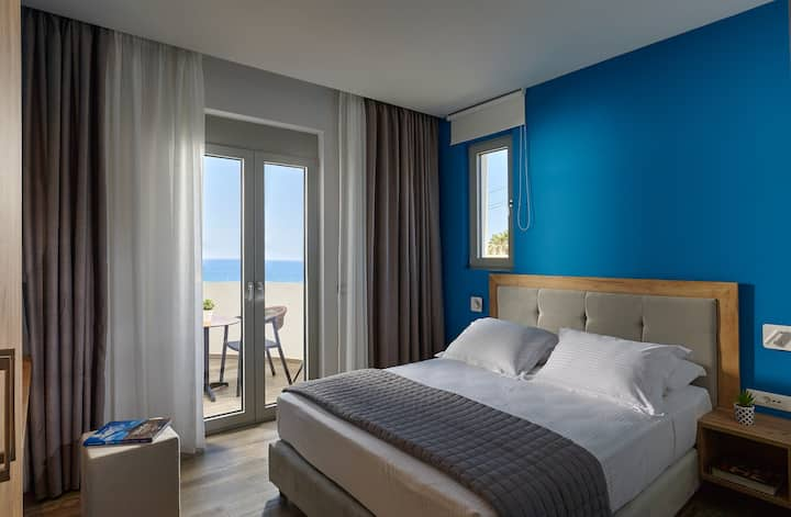Theasea - Superior Room with Sea View