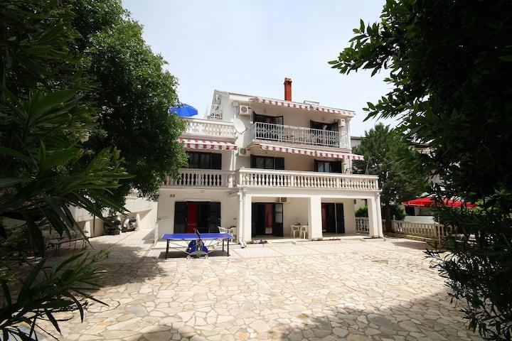 Villa More 2. OG Apartment 5 Meerblick