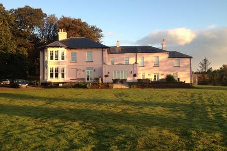 Luxury Bed and Breakfast - Exeter