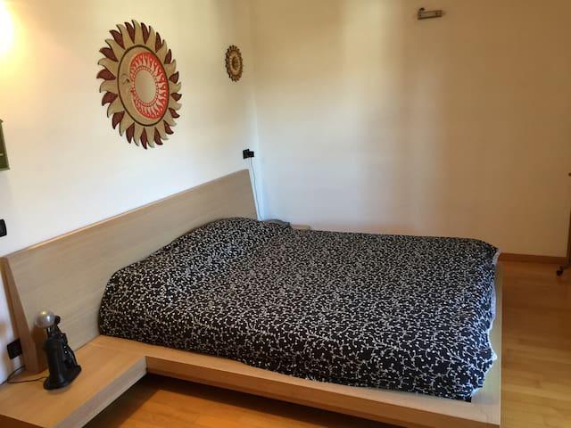 Accogliente camera matrimoniale - Baselga del Bondone - Reihenhaus