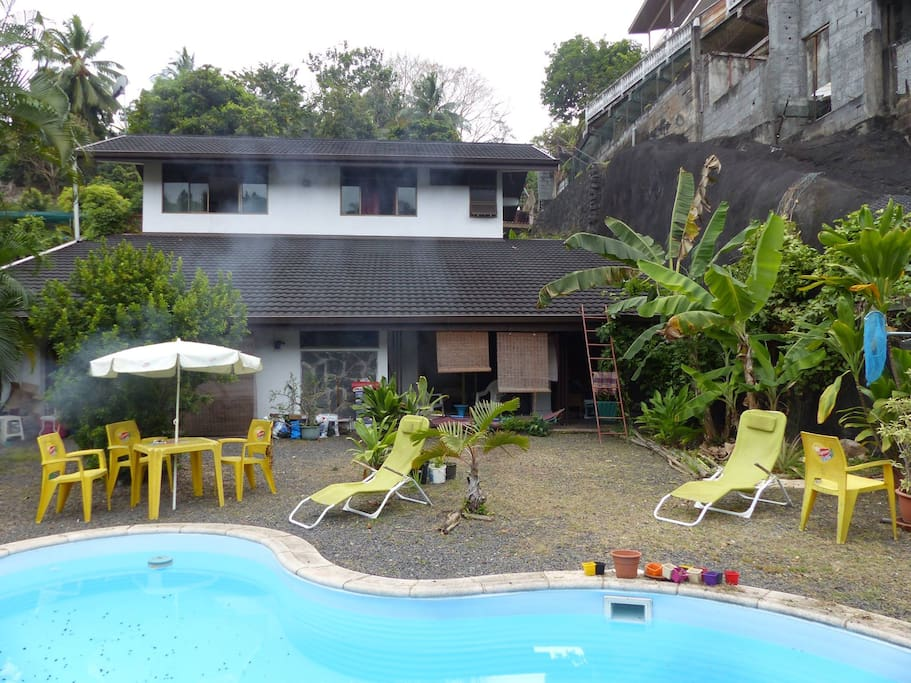 Room In House With Swimming Pool 2 Min Airport Houses For Rent In Papeete Les Du Vent
