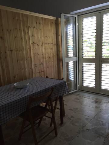 Piccolo appartamento 50€ a coppia - Realmonte - Apartment