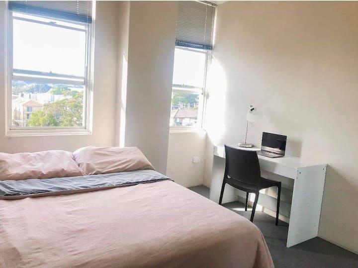 Private room near UNSW, COOGEE, BONDI, SYDNEY CBD