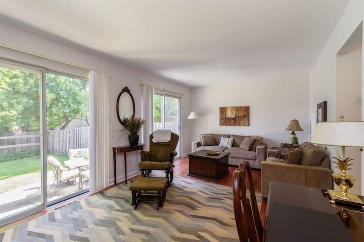 Barrington Village Townhome A