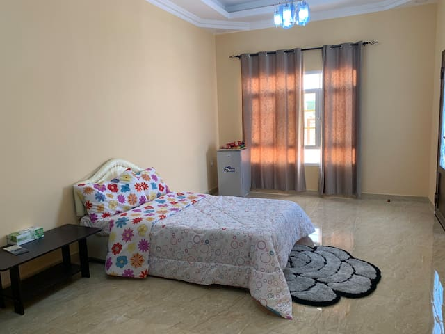 Private room with bathroom.. cheap & clean1