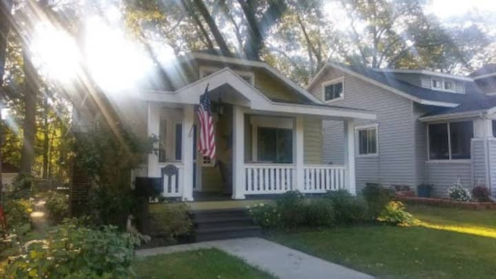 Beautiful Renovated Home - minutes from downtown