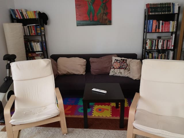 4 person house 15 minutes walk from city center
