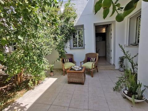Studio avec Jardin à Carthage