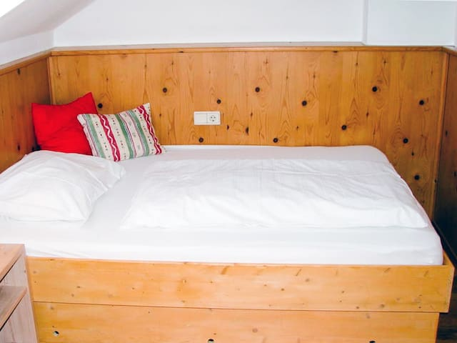 Single room in the heart of Kitzbühel