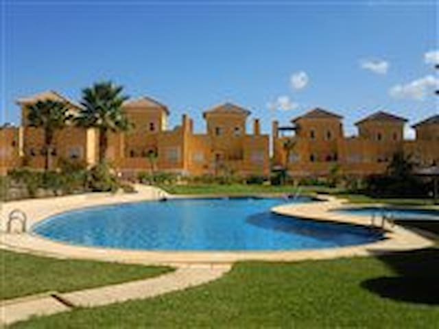 2 Bed Apartment on Valle De Este Golf Resort. - Vera - Wohnung