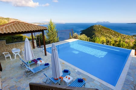Villa Columba -Luxury and spacious villa with sea view - Sivota